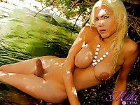 Sexy TS Milla Viasotti models her bikini and cock