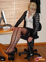 Naughty secretary shows her everything