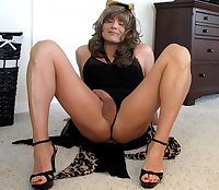 Blonde Tranny Samantha 41