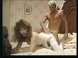 Vintage tranny gets doggystyled
