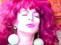 Vintage movie with a skilful redhead tranny