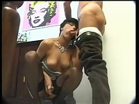 Gorgeous Vanessa seduces a man