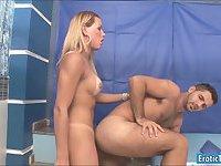 Sexy ts Rakel Rodrigues gets dick sucked