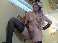 Sexy Ana Kelly
