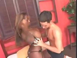 Chocolate tranny tastes white dudes bum
