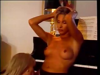 2 vintage cute trannies and chap hot scene