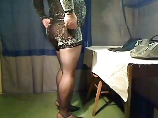 Amateur CD in sexy dress