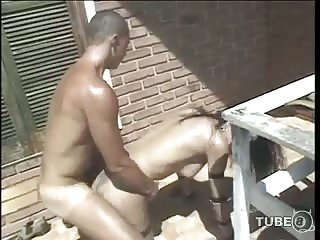Enjoy outdoor sex