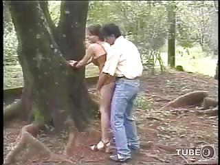 Condom sex for pretty brunette on the fresh air
