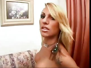 Brunette lover girl for a dirty tranny