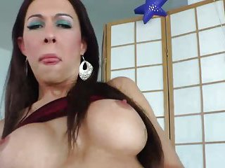 Brunette shemale ts riding trannys cock