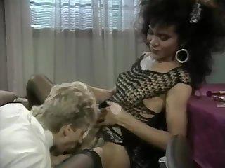 TS Diva Julie Bond
