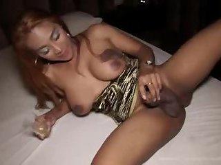 Jasmine gets mounted